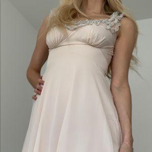Vintage pink/ivory negligee